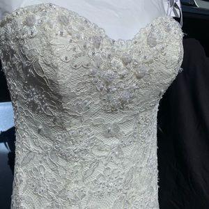 Monique Luo wedding dress